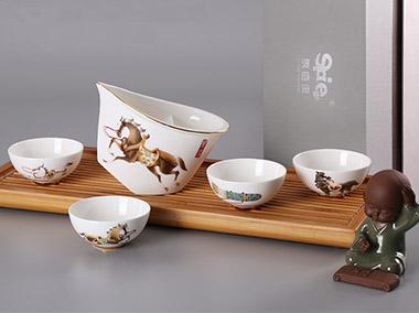 龙马精神茶具6件套礼盒